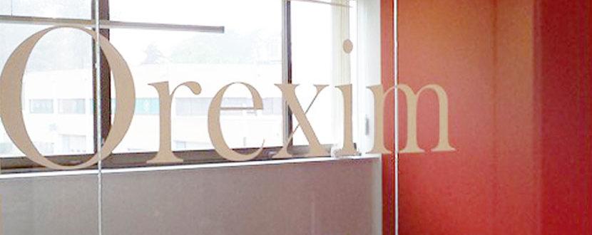 BMJ-publicité Orexim Lettrage vitre intérieur bureau - détail